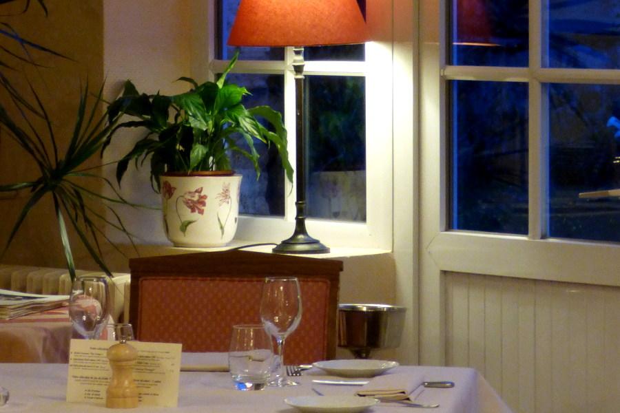 Ambiance chaleureuse au restuarant de l'hôtel la Tonnellerie de Tavers Beaugency