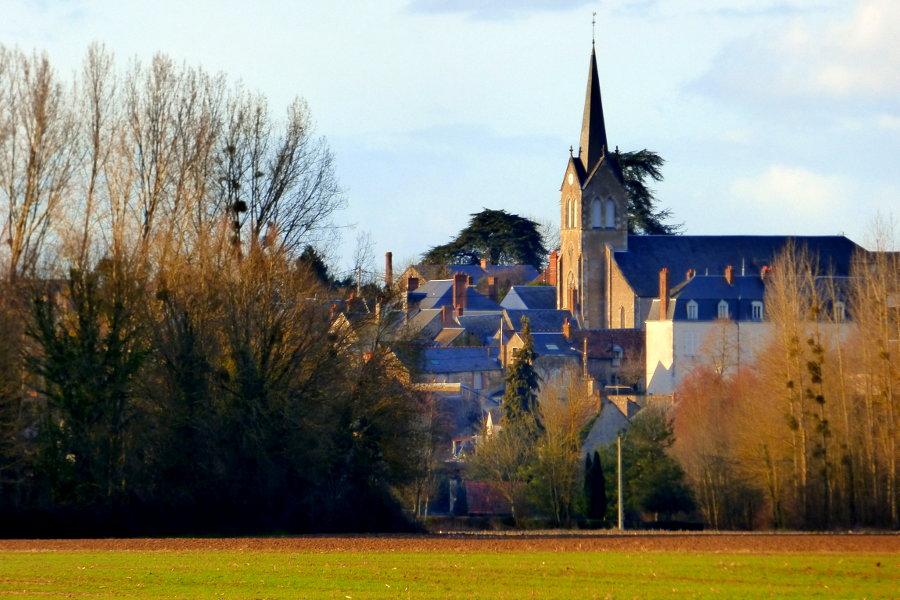 village de Tavers et son église entre Orléans et Blois dans le Loiret