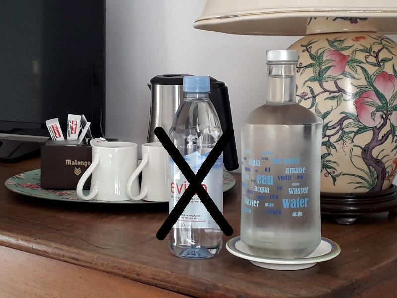 eau minérale remplacée par des carafes d'eau fraiche à l'hotel écolabel la Tonnellerie dans le Val de Loire