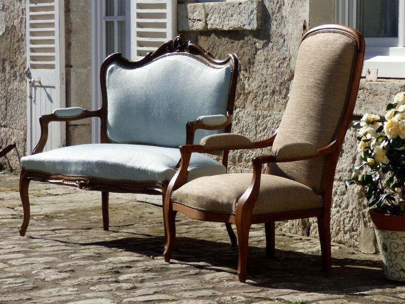 tapisserie-renovation-fauteuil-banquette-hotel-tonnellerie-val-de-loire