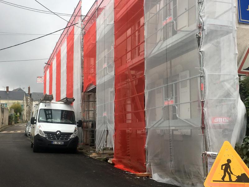travaus de renovation de la facade de hotel la tonnellerie pres de chambord et les chateaux de la loire