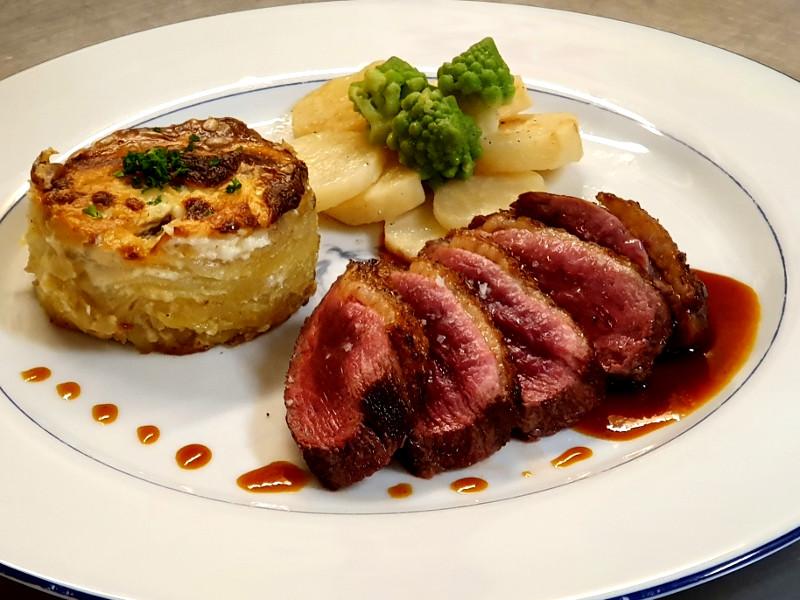 Assiette servie à l'hotel ecolabel la Tonnellerie en région centre près du Chateau de Chambord