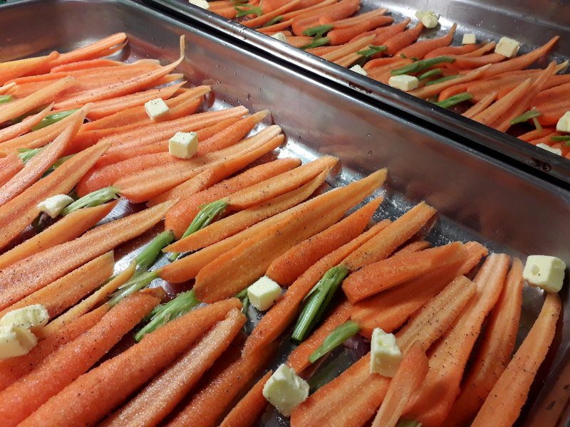 les carottes de la ferme des perrières de saint hilaire préparées à hotel ecolabel la tonnellerie entre orléans et blois