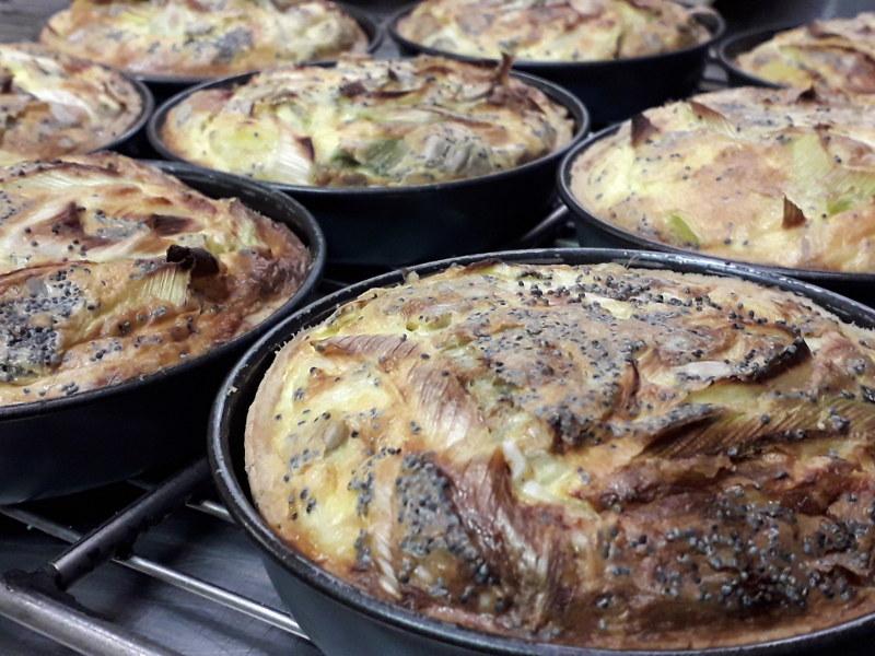Quiches végétariennes dans la cuisine de hotel ecolabel la tonnellerie à tavers près de beaugency dans le Loiret