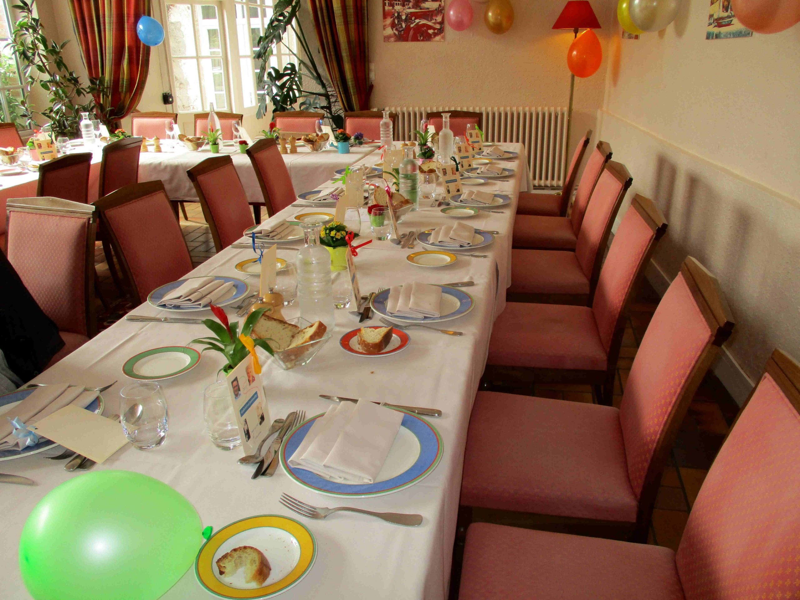 Salle pour accueil des groupes et réunions de famille à l'hotel la Tonnellerie près du chateau de Chambord